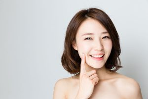 3 Natural Methods for Achieving Young-Looking Skin
