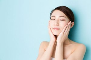 The Common Causes of Skin Dryness  and How to Combat Them